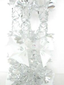 CHRISTMAS SILVER & WHITE 2.7m x 33cm PULL OUT 8 SECTION FOIL GARLAND