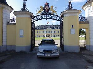 Mercedes W124 300TD Turbo 4-Matic 7 Sitzer voll restauriert mit H- Zulassung