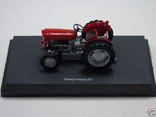 Véhicules miniatures Universal Hobbies pour Massey Ferguson
