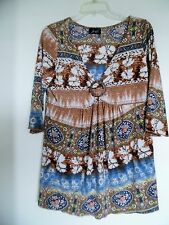 SOLO NOVE Multi-Color Floral  Slinky Stretch Top w/ 3/4 sleeves  L
