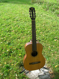Favilla Bros. classical 6 string guitar New York 1950s