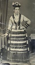 ANTIQUE AMERICAN Fabulous Dressed Young Lady School Girl Gold Tint TINTYPE PHOTO