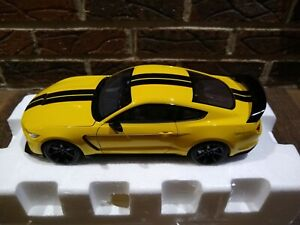 1/18 AutoArt Ford Mustang Shelby GT350 in Yellow - please read