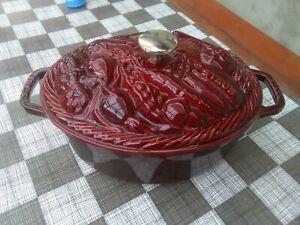 Staub Bräter Cocotte legume 29 cm, oval, Grenadine  Gusseisen Bratentopf