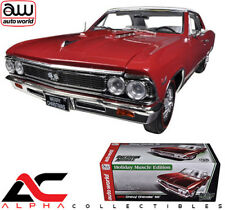 AUTOWORLD AMM1041 1:18 1966 CHEVROLET CHEVELLE SS 396 L78 CHRISTMAS EDITION RED