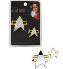 Star Trek Voyager Badge & Pin Set Magnetic Clasp Uniform QMX 2020