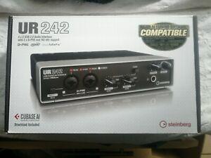 Steinberg UR242 Audio InterfaceYamaha DAW USB