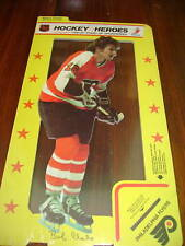 1975 Hockey Heroes Stand-Up Bobby Clarke - MINT!