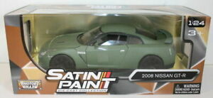 Motormax 1/24 Scale 79506 - 2008 Nissan GT-R - Satin Paint Green