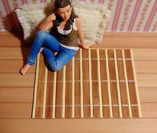 T27 - Miniatur-Teppich Läufer aus Holz für´s Puppenhaus 11,8 x 8,8 cm, 1:12