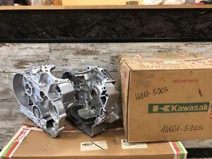 OEM KAWASAKI 14001-5205 SET CRANKCASE VN750 VULCAN A10/A18 1994/2002 NEW NOS OLD