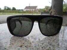 21762fbe49 1970s Vintage Plastic Frame Sunglasses