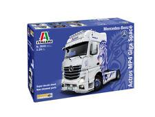Italeri 1:24 3935 Mercedes-Benz Actros MP4 Gigaspace Model Truck Kit