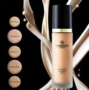 Giordani Gold Age Defying Foundation SPF 8 - Light Ivory