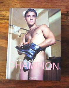 Champion di Walter Kundzicz pioniere della fotografia erotica Maschile Gay LGBTQ