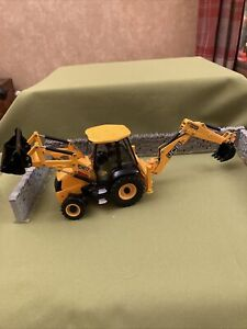 Britains Farm JCB 3CX Backhoe Loader 1/32  Digger Stunning Model And Heavy