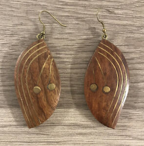 Wooden Dangly Almond Shape Earrings with Brass Tone Detail. Ethnic Tribal Boho
