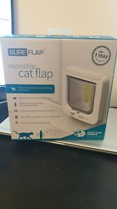 SureFlap Microchip Cat Flap inc 4 Duracell plus  batteries