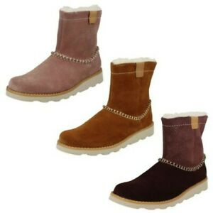 Girls Clarks Casual Fur Lined Boots Crown Piper