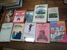 Lot de 10 livres sur les  enfants: les étapes de l'éducation Tout est langage