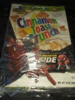 General Mills Cereal Premium 06 2007 Spider-Man Water Squirters with cereal box
