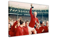 ENGLAND WORLD CUP 1966 BOBBY MOORE SPORTS CANVAS WALL ART PICTURES POSTER PRINTS