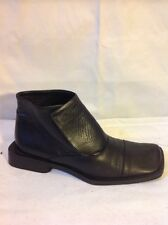 Vera Gomma Black Ankle Leather Boots Size 35