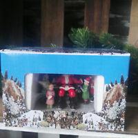 Weihnachtsmann mit Kindern Winterdorf Figuren Szene Weihnachtsdorf Santa Clause