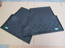 Land Rover Series 2 & 3 Rubber Mats - Front Pairs - with oval badge - Auto-001
