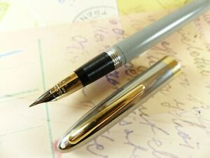 Pastel Gray Sheaffer Snorkel Sentinel Fountain Pen - restored
