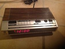 General Electric Model No.7-4634 Electronic Digital FM/AM Alarm Clock Radio