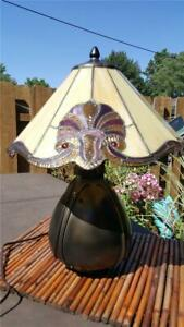 QUOIZEL Model LWS22793A Tiffany Table Lamp 2-Light 150 Watts Imperial Bronze