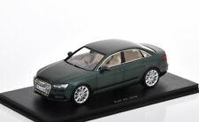 1:43 Spark Audi A4 Saloon 2016 greenmetallic