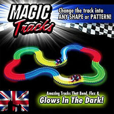 MAGIC TRACKS Glow in the Dark LED LIGHT UP RACE CAR Bend Flex AS SEEN ON TV