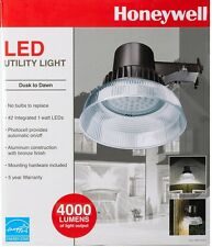 Honeywell Bright 42 LED 4000 Lumens Dusk To Dawn Utility Light New!!