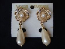VINTAGE  FASHION EARRINGS FAUX PEARL & RHINESTONES TEARDROP DANGLE POST EARRINGS