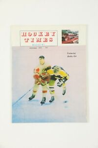 1970 Hockey Times Magazine w/ Bobby Orr and Gordie Howe Cover