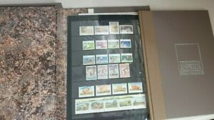THE BEAUTY WILDLIFE HERITAGE OF AUSTRALIA THROUGH STAMPS - FULL BOOK