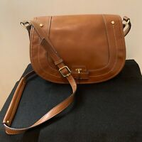 Nine West Tan Crossbody Shoulder Bag Purse Butterfly Interior medium saddlebag