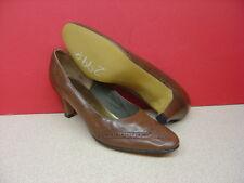 Women's NATURALIZER Brown Leather Heels Size 7 AA/AAAA