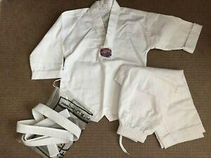 Martial Arts child uniform shirt pant World Class Mr Ps Size 00 karate TaeKwondo