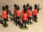 Britains Ltd Guardsmen Plastic Figures Lot Of 10 In 3 Poses 1/32