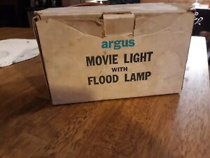 Older ARGUS Movie Light with Flood Lamp in Box Works