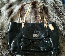 COACH Signature Black Shiny BIG BAG Shoulder Handbag Purse EUC