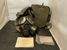 Us Military M40 / M42 Gas Mask With Case & Extras Listing 1