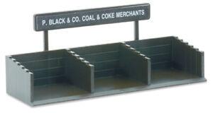 Peco LK-3 OO Gauge Coal Staithes