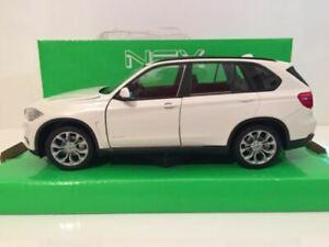 BMW X5 White Welly 24052W New 1:24 Scale