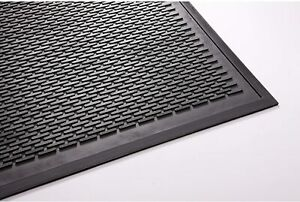 Guardian Clean Step Outdoor Rubber Scraper Mat Polypropylene 36X60