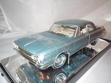 Highway 61  (50046) Dodge 330 Series Sedan (1964) (hell-blau-metallic) 1:18 OVP