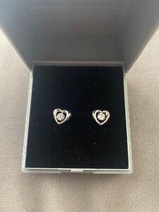 9ct White Gold CZ Heart Earrings